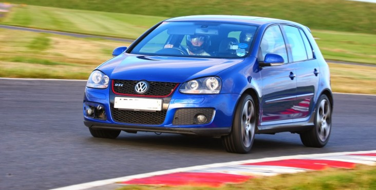 Volkswagen Golf V 2003 - 2008 tuning review